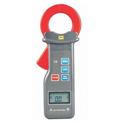 AC DC Digital Clamp Meter for Solar Applications